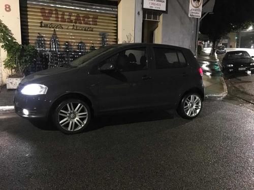 Volkswagen Fox 2008 1.0 Plus Total Flex 5p