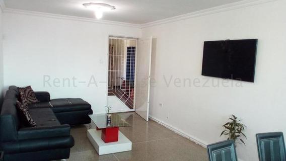 Apartamento En Venta En Barquisimeto Centro, Al 20-8531