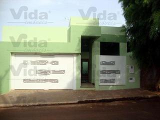 Casa Térrea Para Venda, 3 Dormitório(s), 258.0m² - 24295