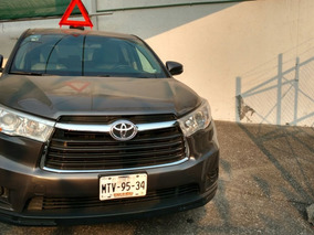 Toyota Highlander 3.5 Le V6 At 2015 (eduardo)
