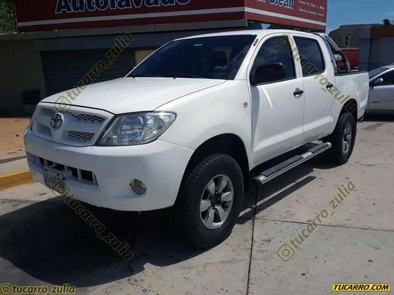 Toyota Hilux 2.7 4x4 Sinc