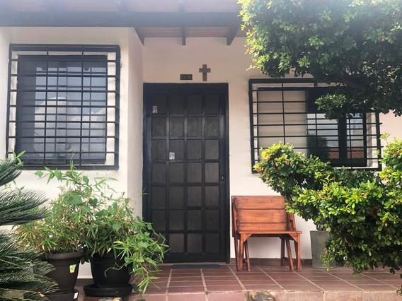 Casa En Venta La Piedad Cabudare 20-3175 J&m