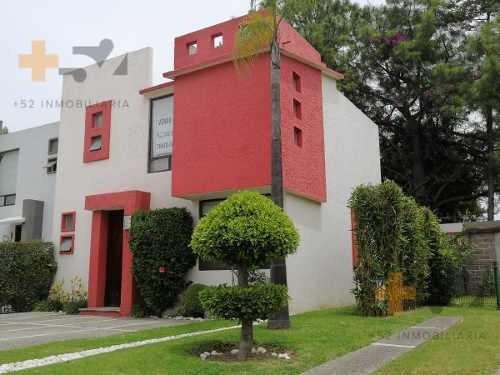 Casa En Venta En Zerezotla,fraccionamiento Cerrado