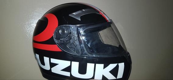 Cascos Suzuki