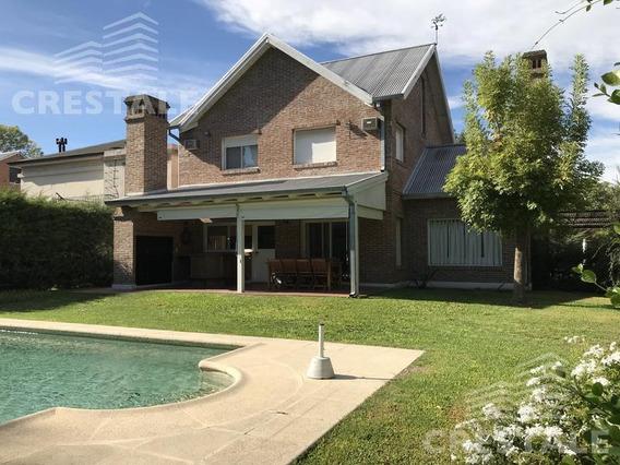Venta Casa 3 Dormitorios - Country Carlos Pellegrini, Fisherton.