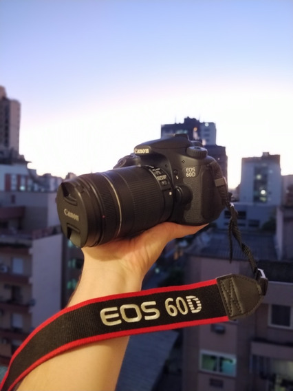Canon Eos 60d + Lente 18-135mm