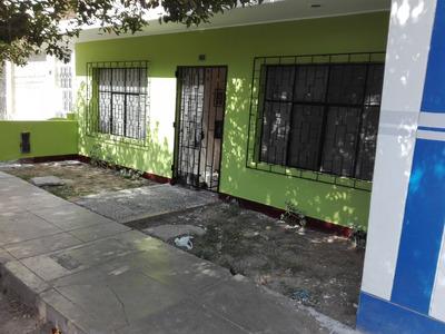 Se Vende Casa En Urb. San Isidro, Ica Al Costado Del Sat