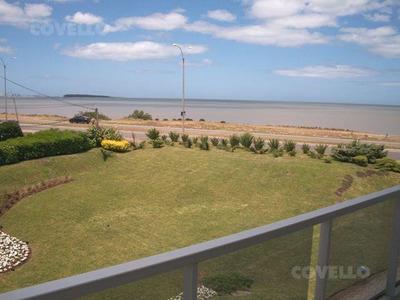 Venta. 3 Dormitorios. Tauro Y Libra, Playa Mansa, Punta Del Este