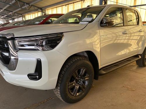 Toyota Hilux Srv 4x2 Automatica - 0km 2021