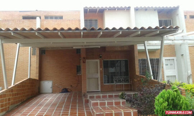 Townhouses En Venta En Urbanización Amazonia
