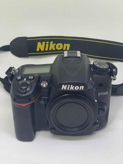 Câmera Nikon D7000 - Corpo