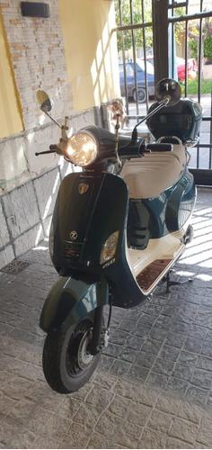 Moto Scooter Zanella Z3 Exclusive 150cc