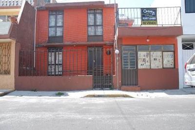 Venta De Casa En 2 Niveles, En Colonia San Juán De Aragón.