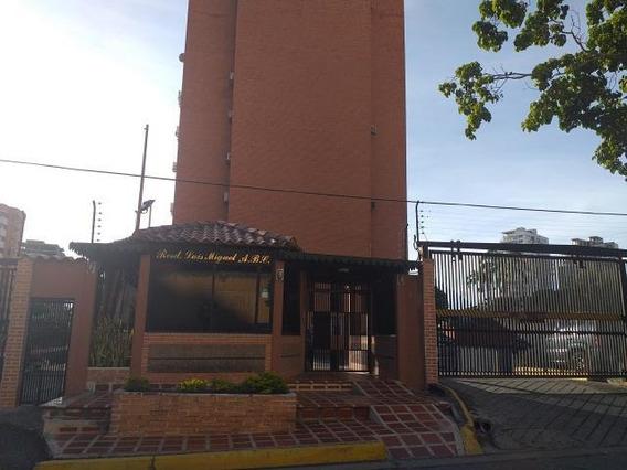 Apartamento En Venta El Parque Barqto 19-19862jg