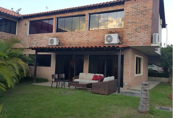 Linda Casa En Bosques De La Lagunita