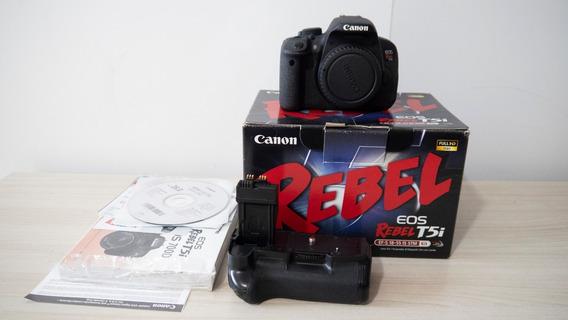 Câmera Canon T5i + Grip + Baterias