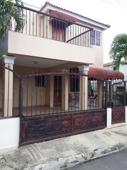 Casa En Villa Elena