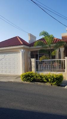 Casa De Oportunidad En Baní 4.800.000