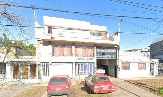Galpón En Alquiler De 240 Mts 2-avenida 122 E/ 40 Y 41 - La Plata