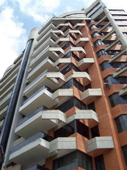 Apartamento En Altos De Guataparo, Valencia. Wc