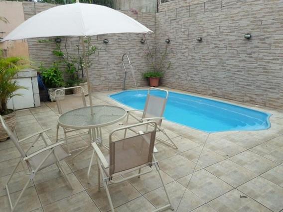 Casa Para Venda Em Volta Redonda, Morada Da Granja, 5 Dormitórios, 1 Suíte, 4 Banheiros, 2 Vagas - 131