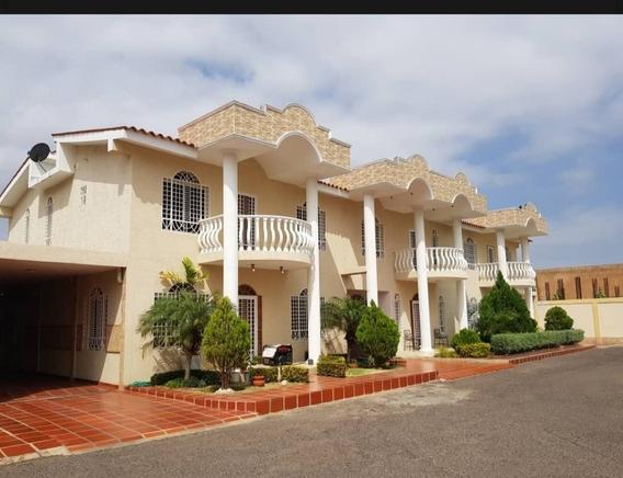 Casa En Alquiler La Coromoto