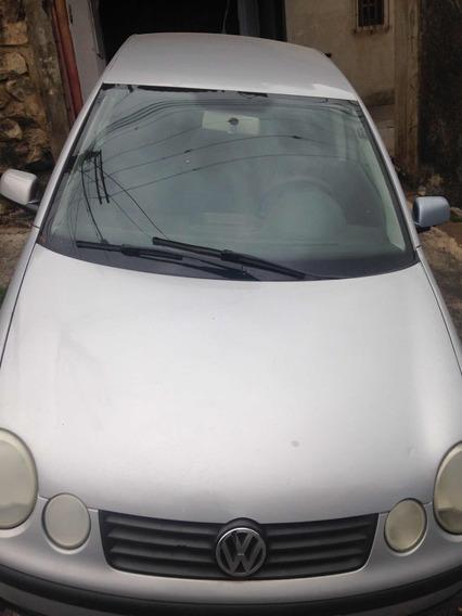 Volkswagen Polo Sedan 1.6 4p 2004