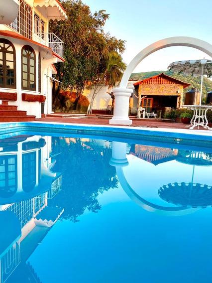 Costa Azul Casa Amueblada Con Alberca Y Vista Parcial