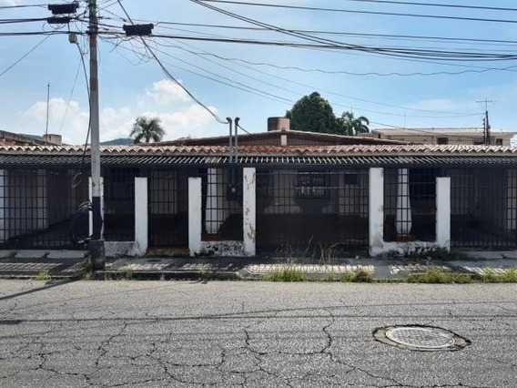 20-6133 Casa En Venta Urb Andres Bello Maracay/ Wjo