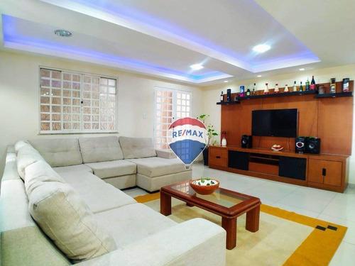 Imagem 1 de 23 de Casa Tríplex 4 Dormitórios 251m² No Bairro Padre Belizário - Ca0668