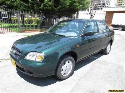 Chevrolet Esteem 1.3 Mecánico Sedán