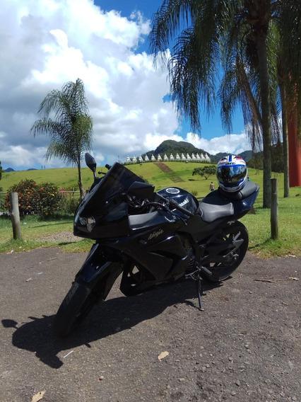 Kawasaki Ninja 250r 10/10