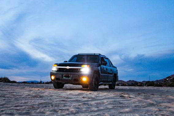 Chevrolet Avalanche 8.1l Vortec 4x4 Piel