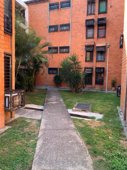 Apartamento En Venta Base Aragua 0412-8887550
