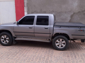 Toyota Hilux 2.8 Dlx Cab. Dupla 4x4 4p