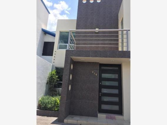 Casa Sola En Renta San Javier 6a Sección