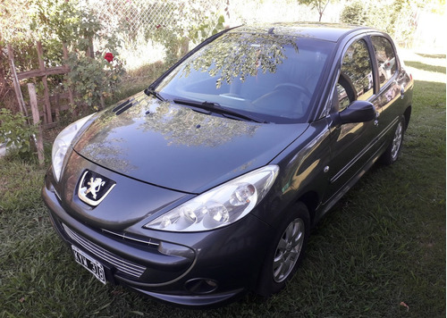 Peugeot 207 2012 1.4 Xs