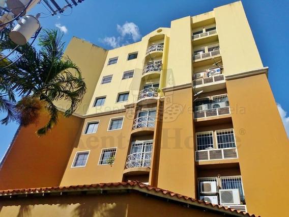 Apartamento En Venta Inter. Turmero-maracay 21-1729ejc