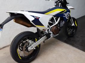 Exclusiva Husqvarna 701 Supermoto