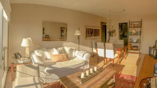 Apartamento Luminoso Y Amplio!