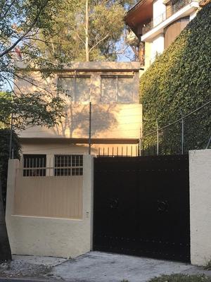 Hermosa Casa Remodelada