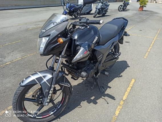 Yamaha Szr 153
