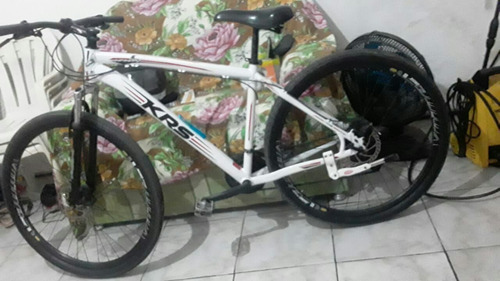 Imagem 1 de 6 de Bike Krs Aro 29