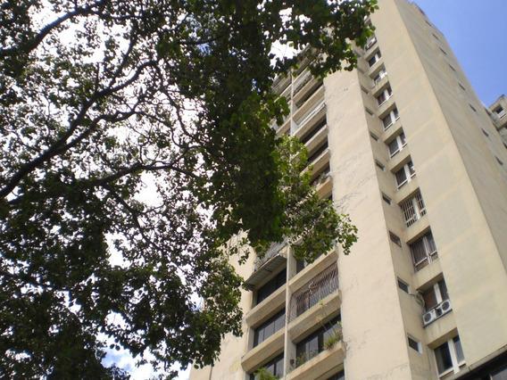 Apartamento En Alquiler Solo Para Persona Jurídica