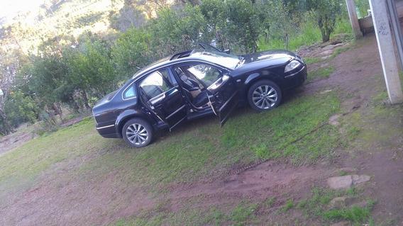 Volkswagen Passat 2.8 V6 4p 2002