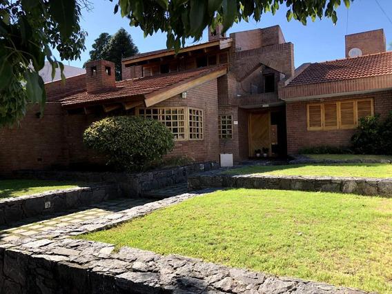 Exclusiva Casa En El Cerro De Las Rosas