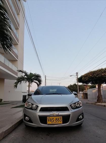 Chevrolet Sonic Sedan 2013, Motor 1.6, Plata Sable