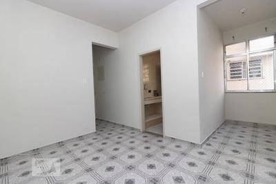 Apartamento No 2º Andar Com 2 Dormitórios - Id: 892906551 - 206551