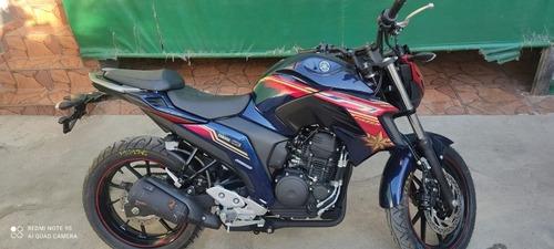 Imagem 1 de 9 de Yamaha Fz25