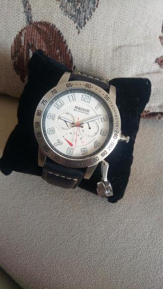 Relógio Magnum Multifuncional